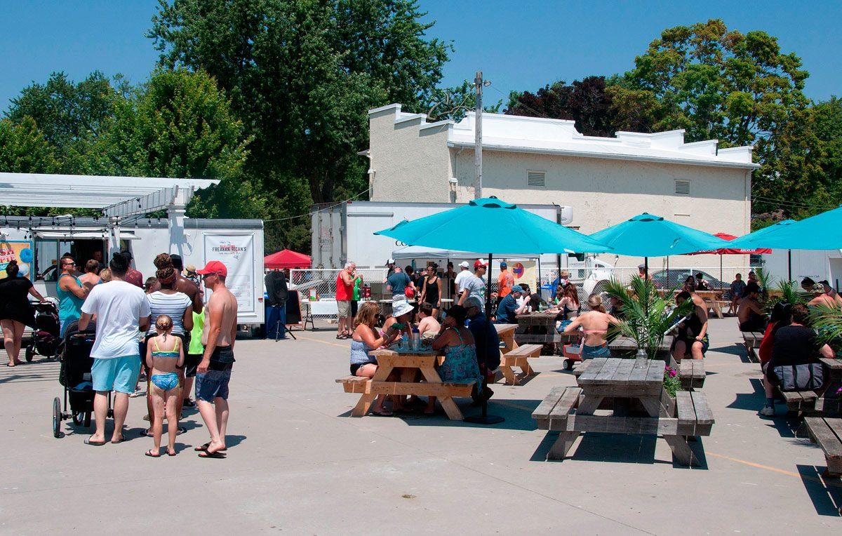 Courtyard Cantina - Sunday afternoon
