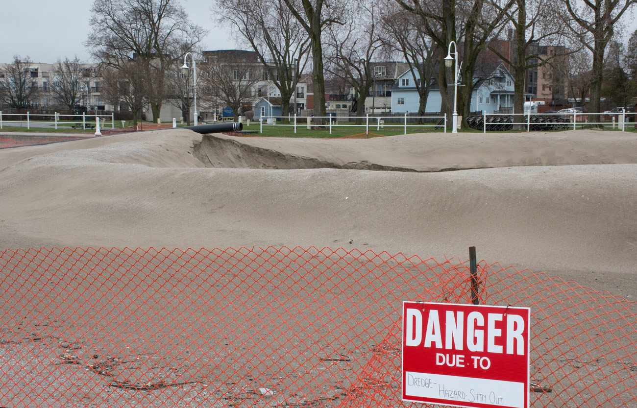 Dredging at Cobourg Beach - 2 May 2019
