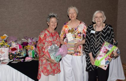 Roma Colbert, Alma Draper and helper Kathy Cole