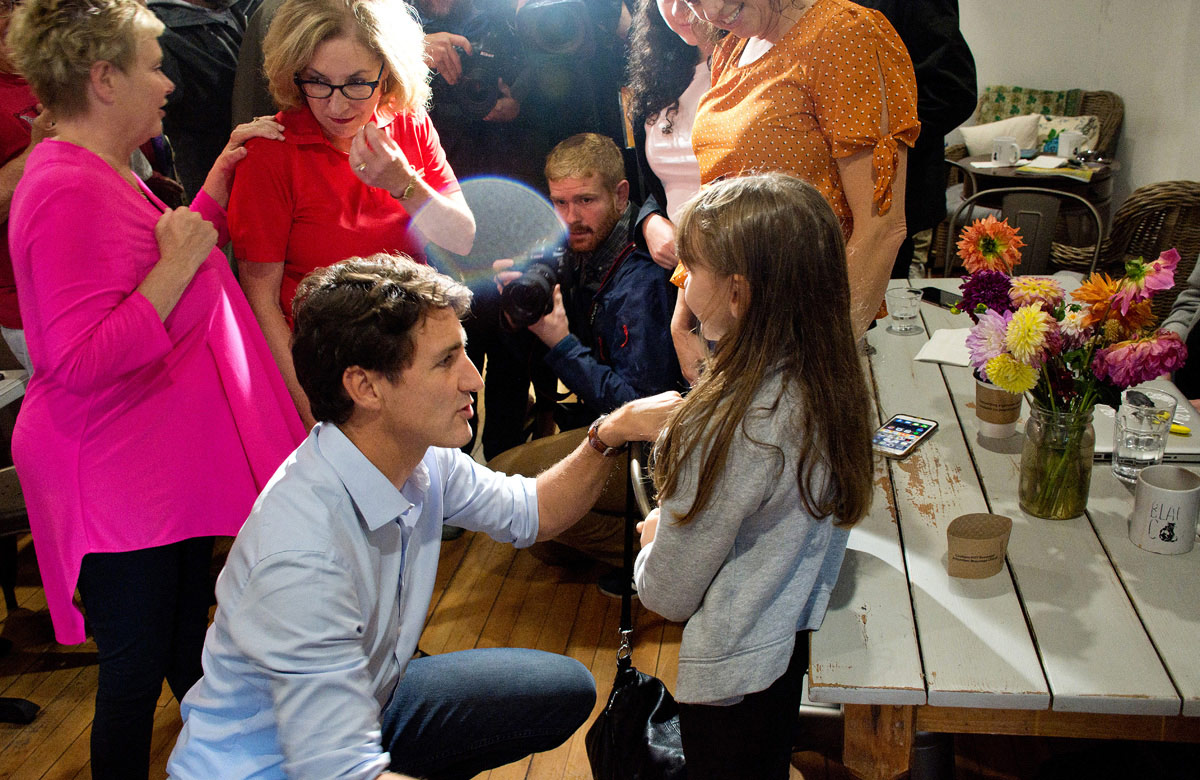 Justin Trudeau chatting