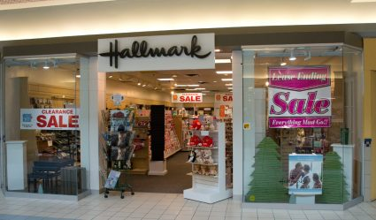 Hallmark closing at Mall