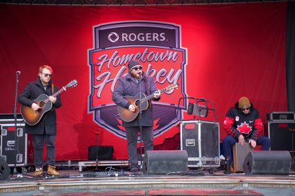 Rogers Home Town Hockey - Entertainment