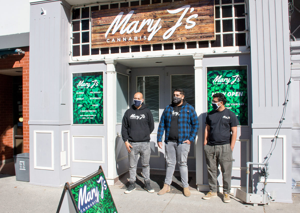 Mary J's Opening - owners