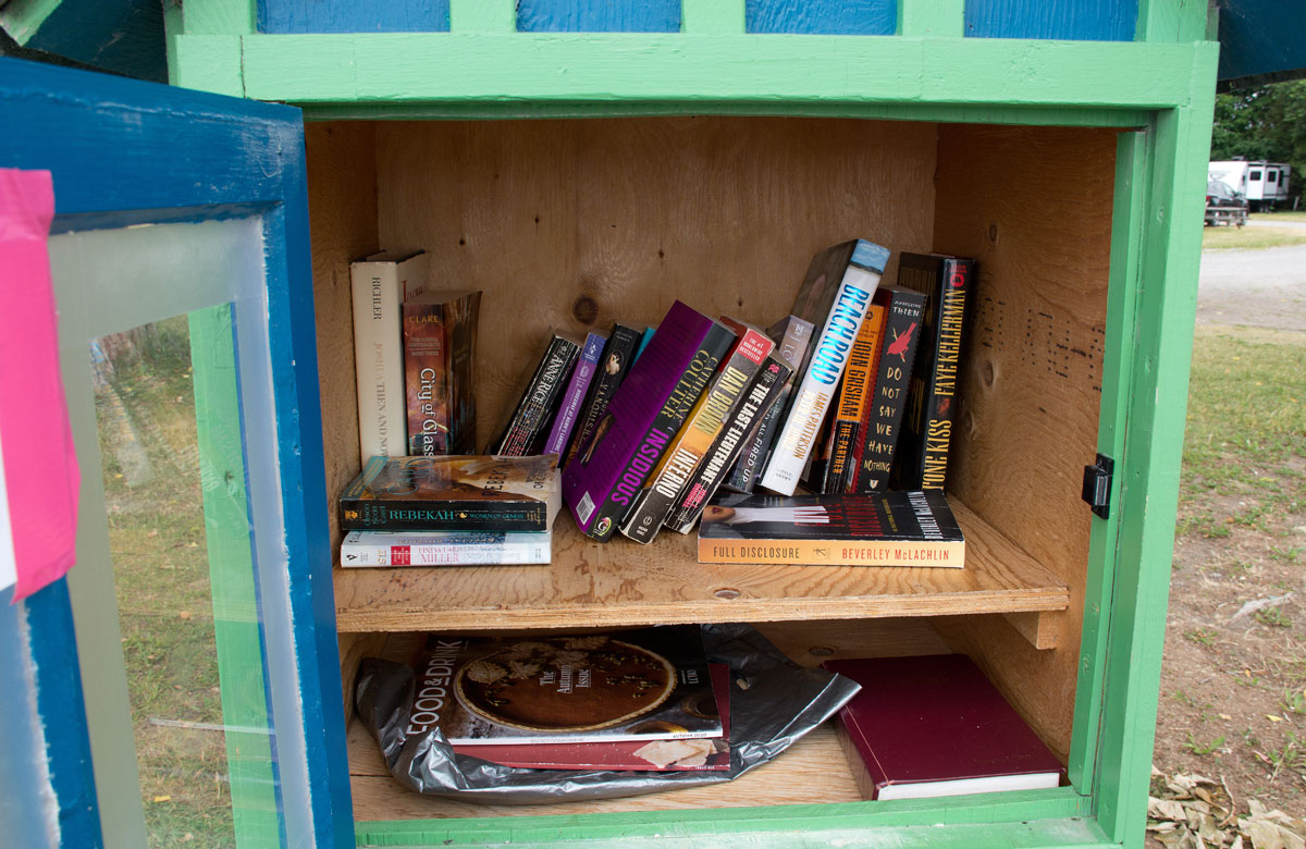 Inside Pop up library at beach